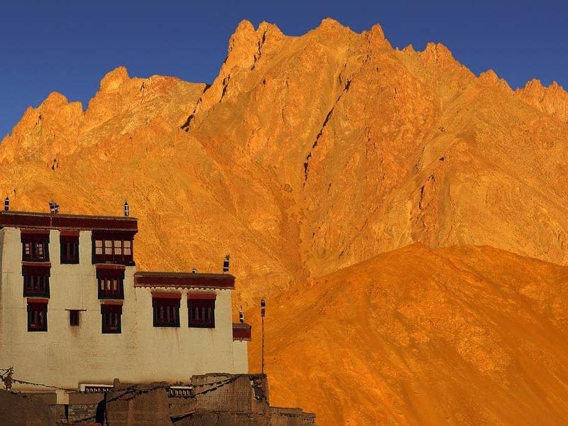 Ladakh, in viaggio sospesi tra terra e cielo