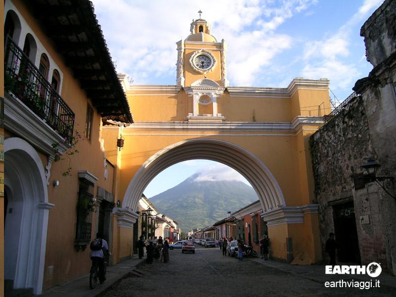 Antigua, il cuore coloniale del Guatemala