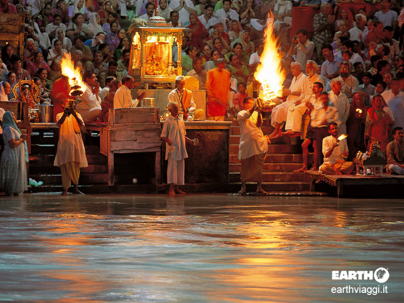 Varanasi, benvenuti nella città della vita