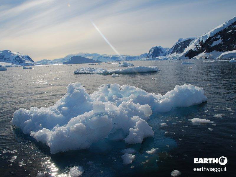 Aerocrociera in Antartide, verso la fine del mondo