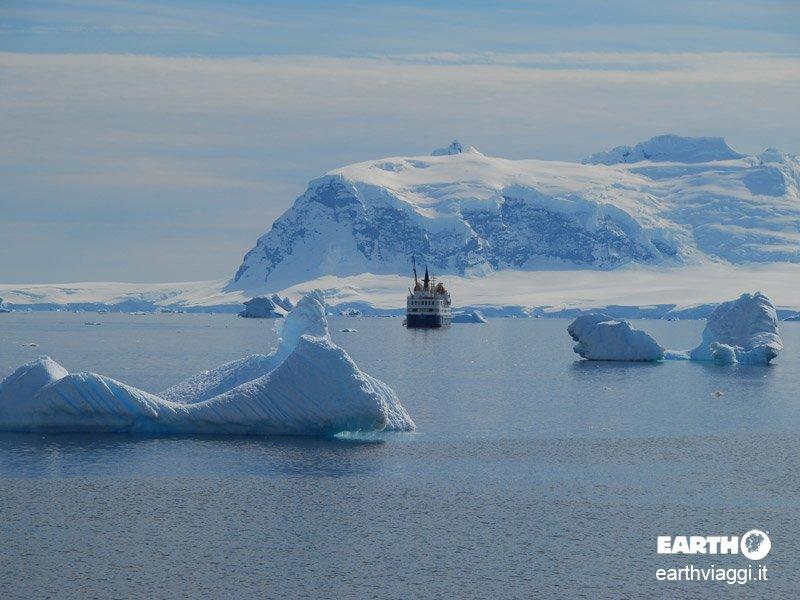 Cinque buoni motivi per un viaggio in Antartide
