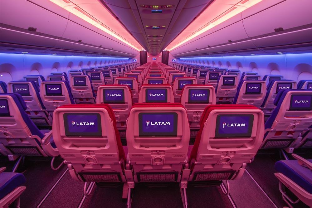 LATAM Airlines, un nuovo gigante dei cieli per volare in Sud America