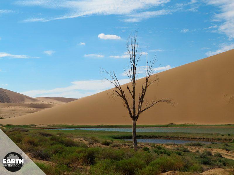 Badain Jaran, il deserto dei laghi misteriosi