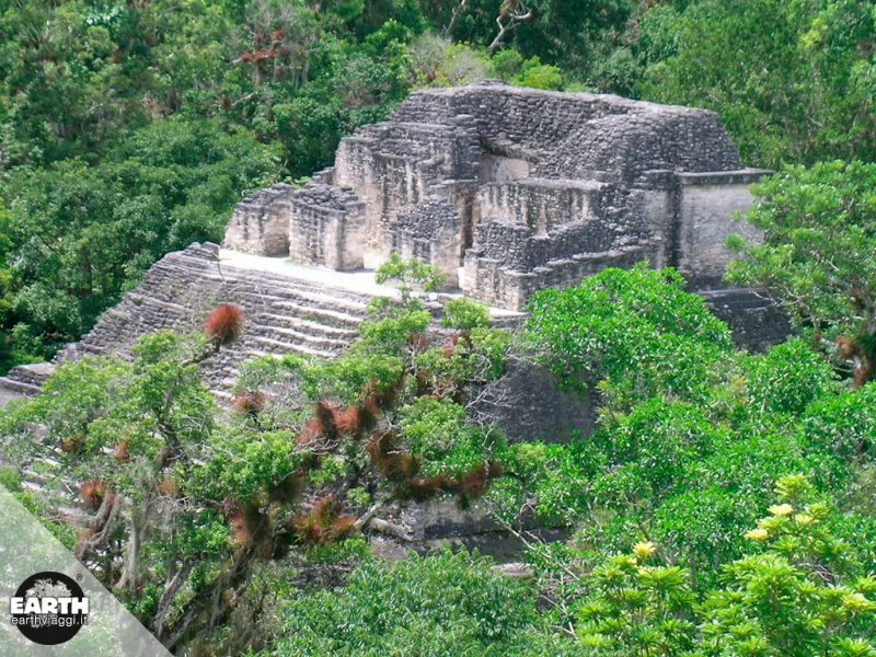 La tomba di un re maya scoperta in Guatemala
