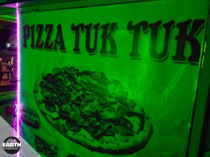 La cucina cambogiana: dagli insetti fritti alla pizza in tuk-tuk
