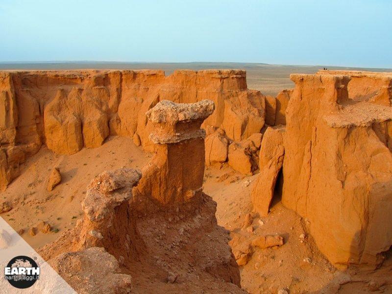 Mongolia, in viaggio verso Bayanzag