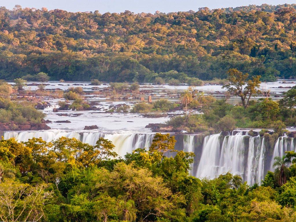 Le cascate di Iguazu: leggende e storia di una delle meraviglie del nostro Pianeta