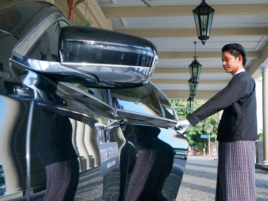Dalla Persia alla Birmania: The Strand Hotel Yangon