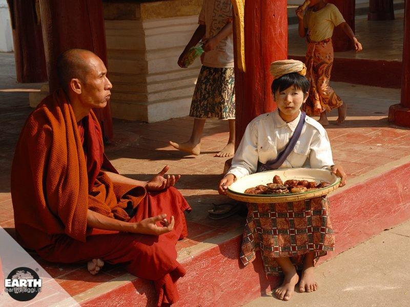 In viaggio in Myanmar: intervista ad Andrea