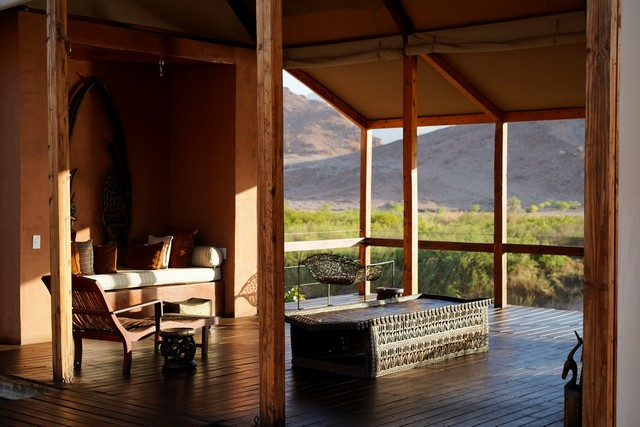 Okahirongo River Camp, la Namibia eco-chic