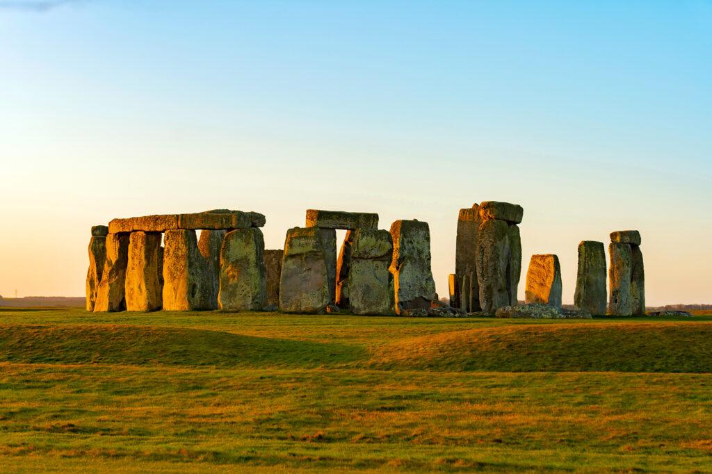 L'orientamento dei monumenti archeologici in giro per il mondo