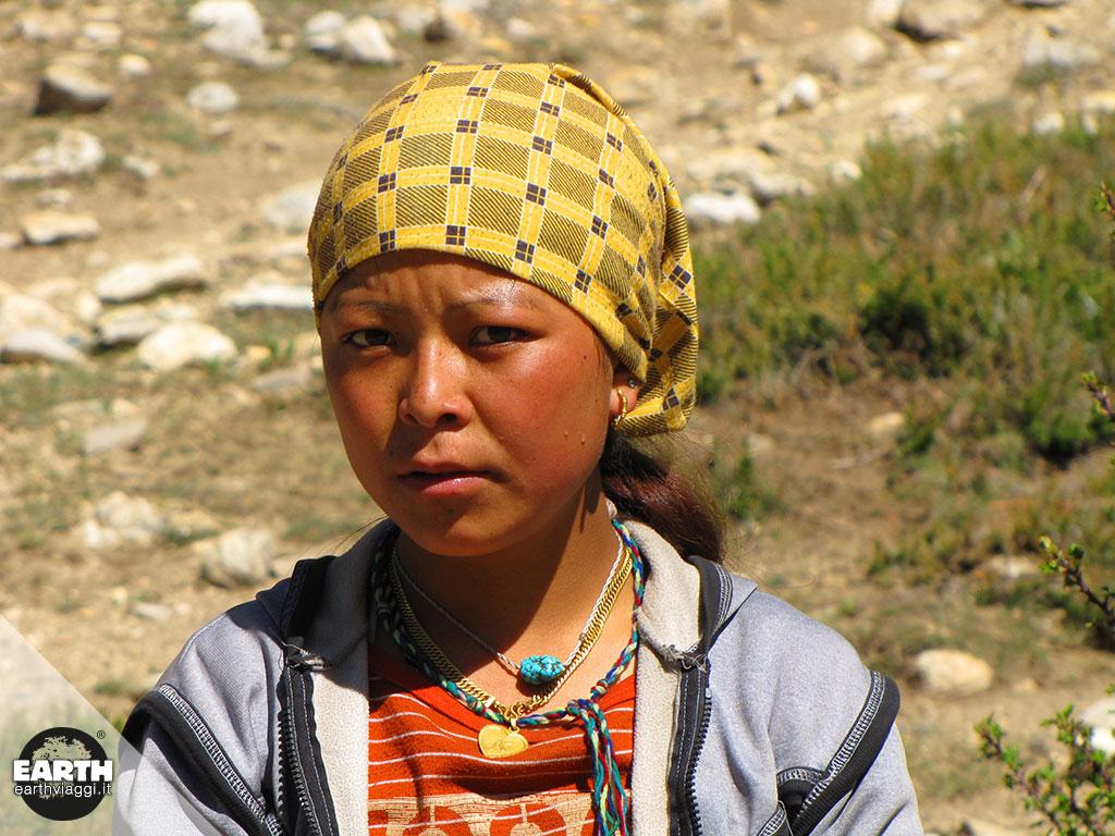 Gli Sherpa, i custodi delle montagne più alte del Pianeta